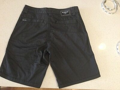 boys Quiksilver shorts grey stripe as new condition size 12