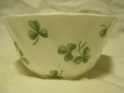 Tuscan Fine Bone China OPEN SHAMROCK Sugar Bowl -ST. PATS DAY