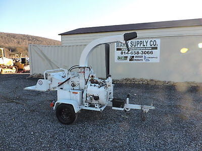 """Bandit 65AW Wood Chipper 6"""" Wood Chipper Self Feed Wisconsin Gas NEW Tires !!!"""