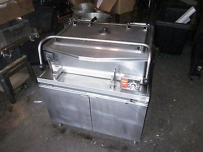 Braising Pan Electric Tilt Skillet Market Forge 40 gallons Tilting Oven Stove