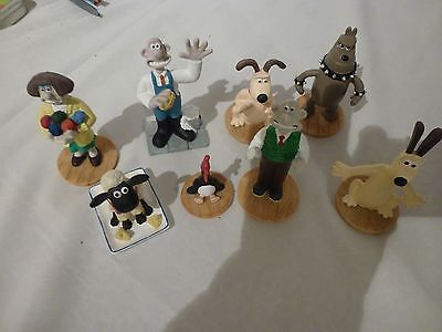 Walace and Gromit figures