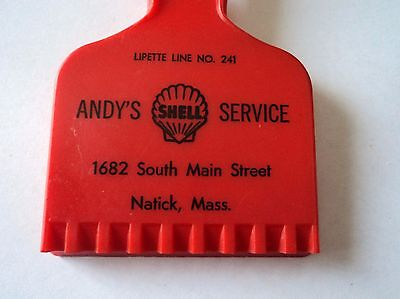 Vintage SHELL Oil/Gas ICE SCRAPER ANDY'S SHELL SERVICE Natick, Mass. RED