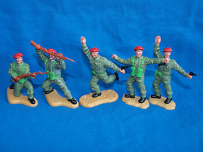 Timpo Ww2, British Infantry, Red Berets,  Toy Soldiers, 5 In Total, 1/32 Scale.