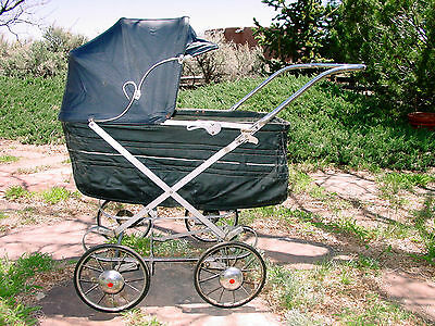Antique Baby Buggy Carriage
