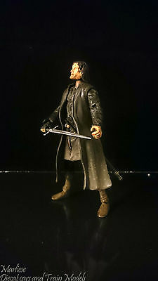 Lord of The Rings  1/6 2001 NLP Aragorn II Marvel Entertainment Inc.