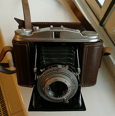 Vintage AGFA Isolette II camera with original user manual