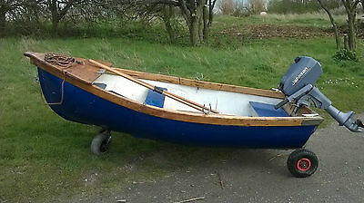 8 and a 1/2 ft Dinghy with no engine