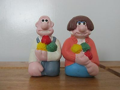 wallace and Gromit mini salt and pepper pots
