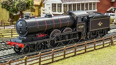 Hornby - R3432 Br Late Crest 4-6-0 Holden B12 Class Locomotive '00' Scale