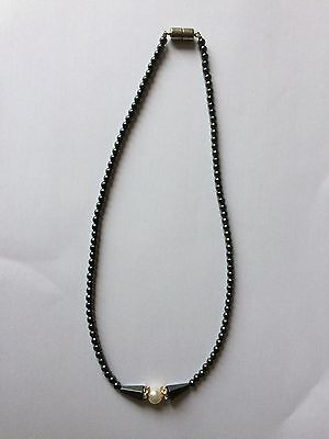 Vintage 1940s Beautiful Necklace