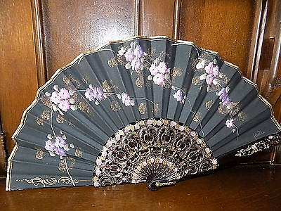 Beautiful vintage hand painted oriental flower lace trim double sided fan-signed