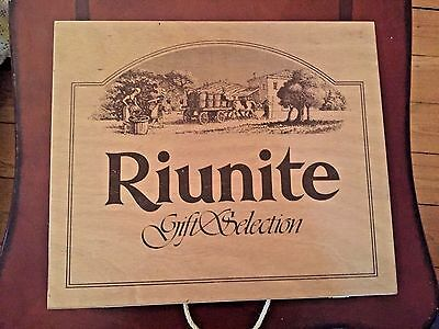 VINTAGE Special Selection Riunite Wooden Wine Box Advertising Made in Italy