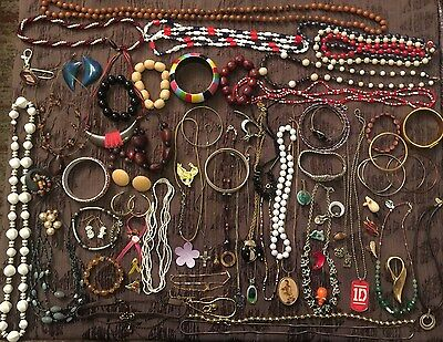 BIG Jewelry Lot Vintage Rings Necklaces JL 678