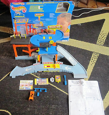 Hot Wheels World Grand Prix Racing Play Set 1999 Mattel Boxed Free Post