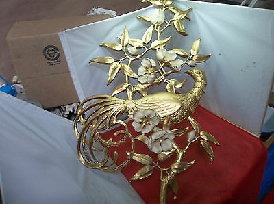 C25 Vintage Syroco Gold Gilt Peacock Bird Wall Sconce Decorative Decor Mid Cent