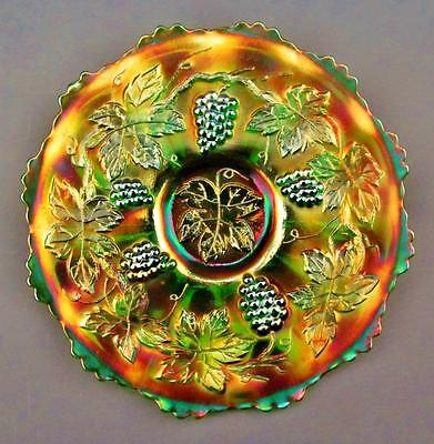 """CARNIVAL GLASS - FENTON VINTAGE PATTERN Green 7½"""" Plate with WIDE PANEL Exterior"""