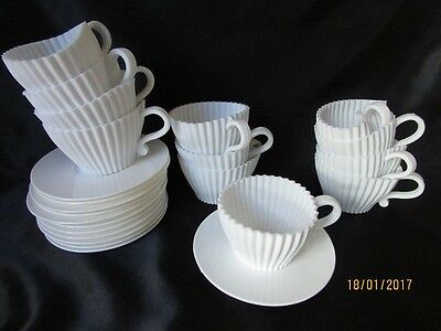 Set of 12 Silicone CupCake Teacup's with Plastic saucer's in the box
