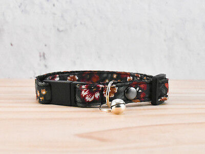Cat Collar Classic Flower Pattern w/ Bell  S/M High-quality/cotton/Safety Buckle