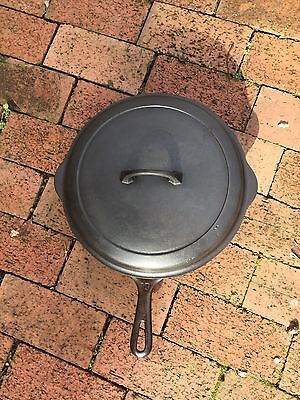 Vintage Griswold Small Logo cast iron skillet size 10 with lid