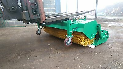 hydraulic brush road sweeper for forklift with collector bucket, PRICE INC VAT