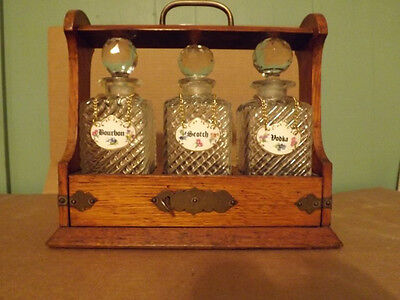 Antique 3 Glass Decanter Oak Tantalus – English (used)