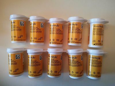 100 FreeStyle blood glucose test strips 06/16 Freedom, Flash + Control Solution