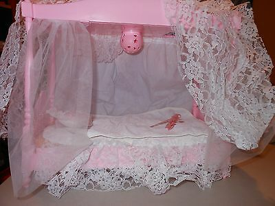 Barbie Pink Sparkles Starlight Doll House Canopy Bed  w spread pillow