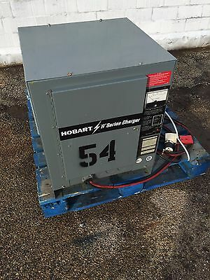 Hobart 12V, 6 cell, Charger 750B1-6R