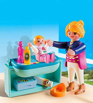 Playmobil 5368 Specials Plus Mother and Child Toy with Changing Table
