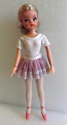 Vintage Blonde Pedigree Active Sindy Ballerina Doll In Original Outfit Very Nice