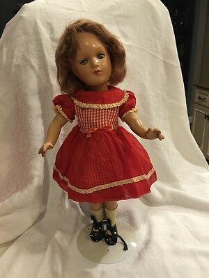 "BEAUTIFUL 1930's NANCY LEE 15"" Composition Vintage Doll"