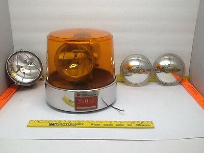 Vintage FEDERAL 14 12 A3 Beacon Ray Amber Globe Light Fire truck Emergency W3-76