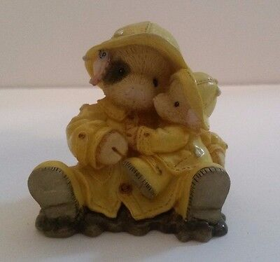 """Enesco THIS LITTLE PIGGY 159638 """"Showering You With Hogs"""" Figurine - 1995"""
