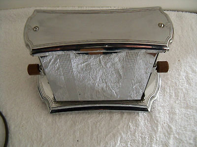 Vintage Two Slice Universal Electric Toaster by Landers Prary and Clark