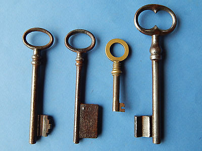 lot 4 antique French keys ,lock ,doors ,furniture ,cabinet ,skeleton ,castle #A