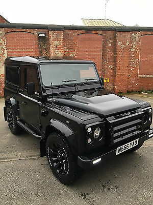 Land Rover Defender 90 300 TDI AUTOMATIC - *COMPLETE ONE OFF*
