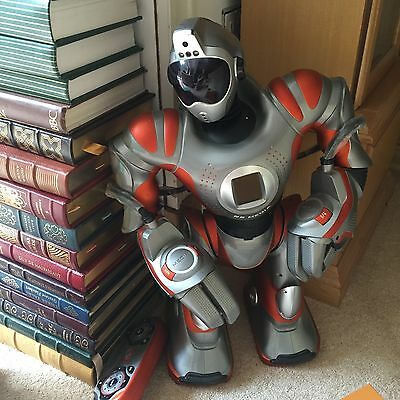 Robosapien WowWee RS media Remote Control RC Robot Collectible * £500 on Amazon*