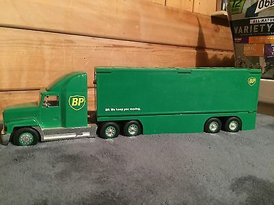 1997 BP Oil Transforming Truck & Trailer