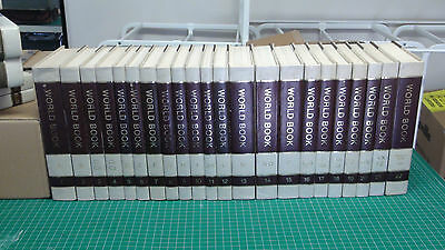 World Book Encyclopedia with Dictionaries, Research Index Guide & 1977-78 Events