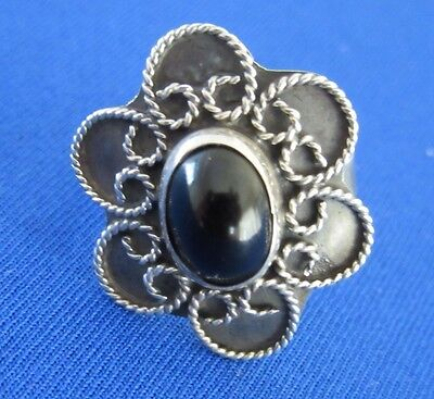 VINTAGE 925 STERLING SILVER RING WITH BLACK STONE MEXICO TAXCO 3.2g