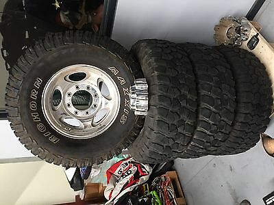 Wheels and Tyres with Tyre dogs F250