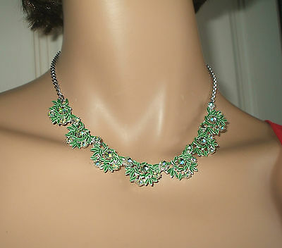 BEAUTIFUL GREEN 1940's/50's ENAMEL AND MULTI COLOURED RHINESTONE NECKLACE