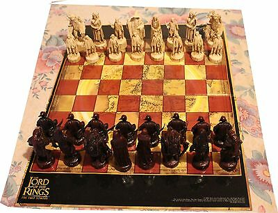 The Lord of The Rings - The Two Towers Chess Set