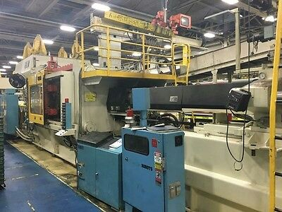 1000 Ton HPM Injection Molding machine