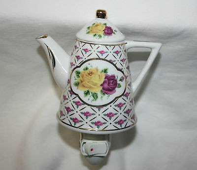 Sorelle Teapot Night Light Roses Fine Porcelain Collecible New no packaging