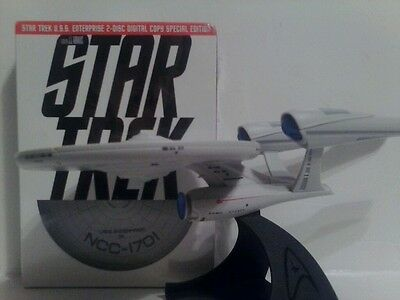 Star Trek 2009 2 Dvd Set & Enterprise Disc Holder Mip Sealed Target Exclusive