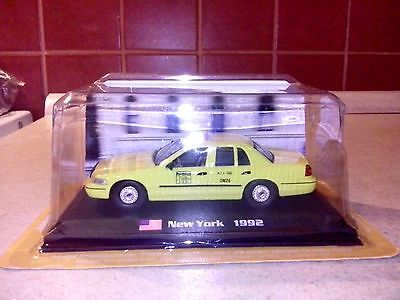 Taxi Car FORD CROWN VICTORIA - New York Taxi - USA 1992 - 1:43 NEW !!!