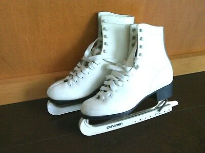 White Leather Ice Skates Size 7 Aerflyte Blades Canadian Handy Carry Bag Figure