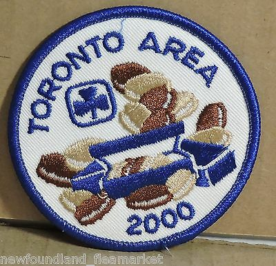 Toronto Area Girl Guides Canada Cookie Seller 2000 Patch Badge #54