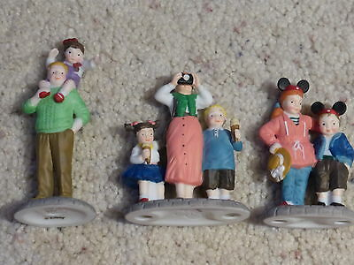 Department 56 Disney Parks Village Series Set of 3 Family Tourest figures Dept